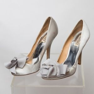 Badgley Mischka Heels with Bow Size 10